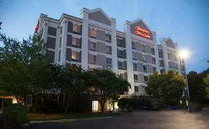 Hampton Inn and Suites Alpharetta-Windward