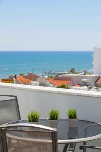 Ein Foto Von Amorgos Boutique Hotel Hotel Larnaca Zypern