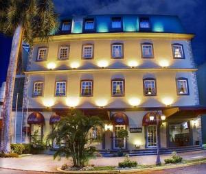 Панама-Сити - DeVille Hotel