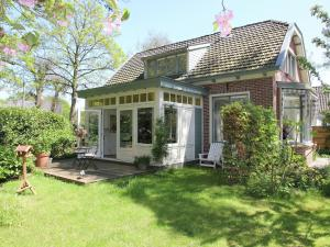 Holiday home Zonnige Serre
