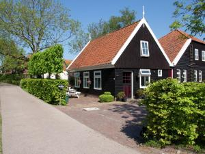 Holiday home De Woude