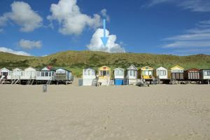 Holiday home Beachhouse Bij de Boompjes
