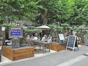 Villa La Souste, Villen  La Garde-Freinet - big - 3