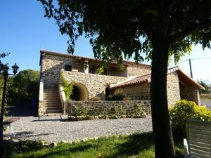 Maison de vacances - Saint Etienne De Fontbellon