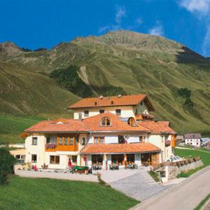 Hotel Alpenjuwel - Melago