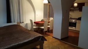 Apartment Atrium B