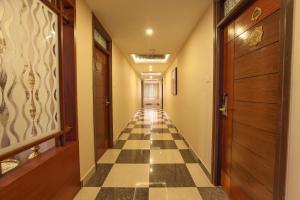 Sri Venkadaramana Towers, Lodges  Kumbakonam - big - 14