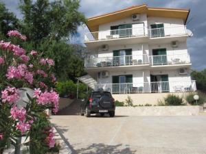 Apartments Villa Slavena