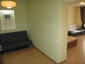 Apartment Krupskaya 4, Apartmanok  Ufa - big - 2