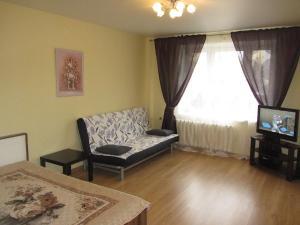 Apartment Krupskaya 4, Apartmanok  Ufa - big - 1