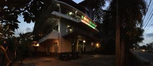 Le Paradis Hotel