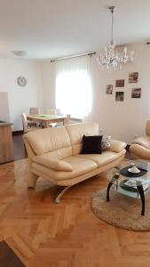 New Airport Apartments, Apartmanok  Belgrád - big - 16