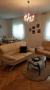 New Airport Apartments, Apartmanok  Belgrád - big - 22