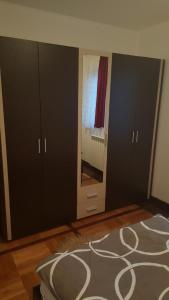 New Airport Apartments, Apartmanok  Belgrád - big - 23