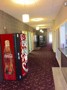 Royal Oak Inn, Hotels  Whitecourt - big - 8