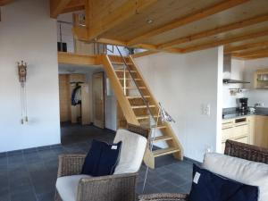 Haus Sapporo, Apartments  Grindelwald - big - 10