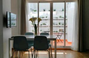 Mitjana Plaza, Appartamenti  Málaga - big - 3