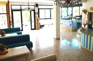 Hotel Lux, Hotel  Cesenatico - big - 104