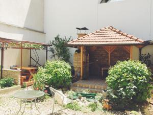 Guest house Nizama's Place - фото 9
