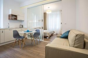 Luxury Accommodation Marino