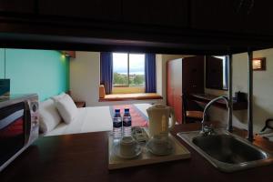 Фото отеля Microtel by Wyndham Cavite