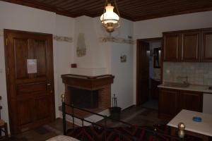 Vera's Traditional House, Апартаменты  Загора - big - 7