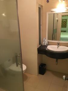 Dang Anh Hotel - Dong Bong, Отели  Ханой - big - 4