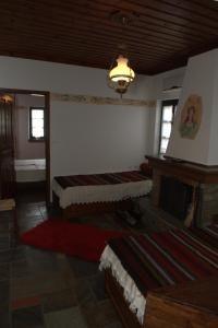 Vera's Traditional House, Апартаменты  Загора - big - 47