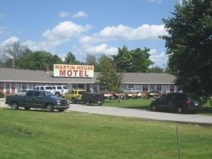 Nearby hotel : Martin House Motel Brookfield