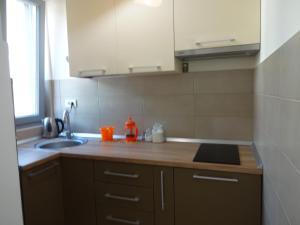 Natalija Twister Apartment, Apartmanok  Budva - big - 19