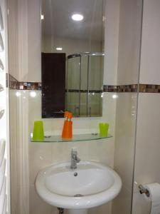 Natalija Twister Apartment, Apartmanok  Budva - big - 14