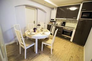 (Under the Charles Bridge 3BDR Loft)