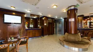 Nadejda Hotel, Hotels  Sofia - big - 37