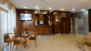 Nadejda Hotel, Hotels  Sofia - big - 58