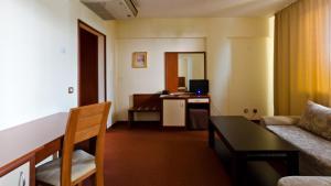 Nadejda Hotel, Hotels  Sofia - big - 14