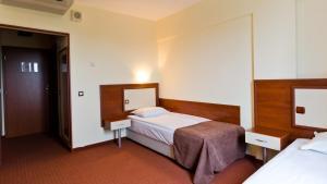 Nadejda Hotel, Hotels  Sofia - big - 28