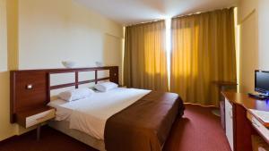 Nadejda Hotel, Hotels  Sofia - big - 7