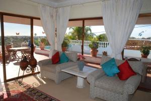 Villa Boutique Rentals - Algarve, Villen  Almancil - big - 6