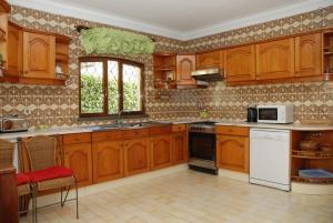 Villa Boutique Rentals - Algarve, Villen  Almancil - big - 18