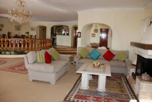 Villa Boutique Rentals - Algarve, Villen  Almancil - big - 19