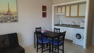 Apartamentos Turísticos en Costa Adeje, Apartments  Adeje - big - 34