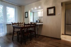 Apartamenty Varsovie Rondo ONZ, Ferienwohnungen  Warschau - big - 40