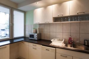 Apartamenty Varsovie Rondo ONZ, Ferienwohnungen  Warschau - big - 39