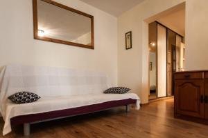 Apartamenty Varsovie Rondo ONZ, Ferienwohnungen  Warschau - big - 35