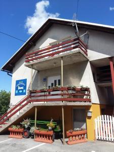 Studio Apartment Matejjan