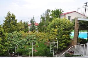 Villa Belaya Orhideya, Guest houses  Malorechenskoye - big - 110