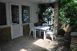 Villa Belaya Orhideya, Guest houses  Malorechenskoye - big - 109