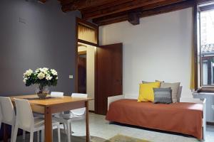 L'Ospite Appartamenti, Apartmanok  Verona - big - 18