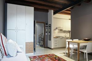 L'Ospite Appartamenti, Apartmanok  Verona - big - 30