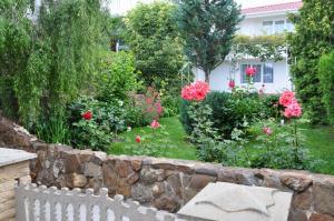 Villa Belaya Orhideya, Guest houses  Malorechenskoye - big - 28